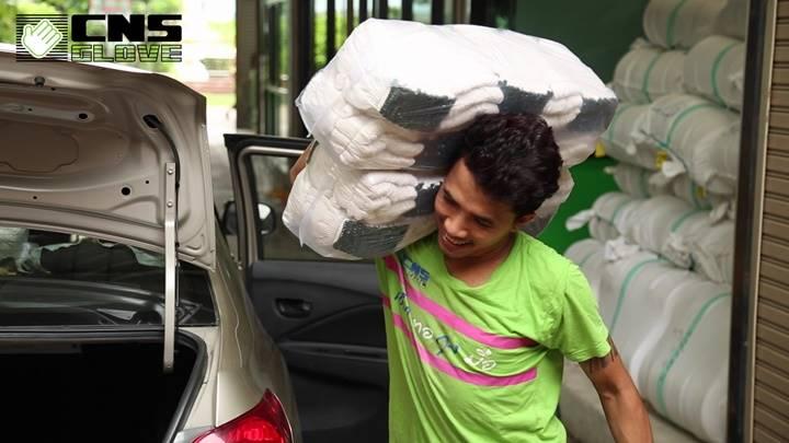 ลูกค้าส่งถุงมือผ้าฝ้ายกลับมายังชินะซัพพลาย